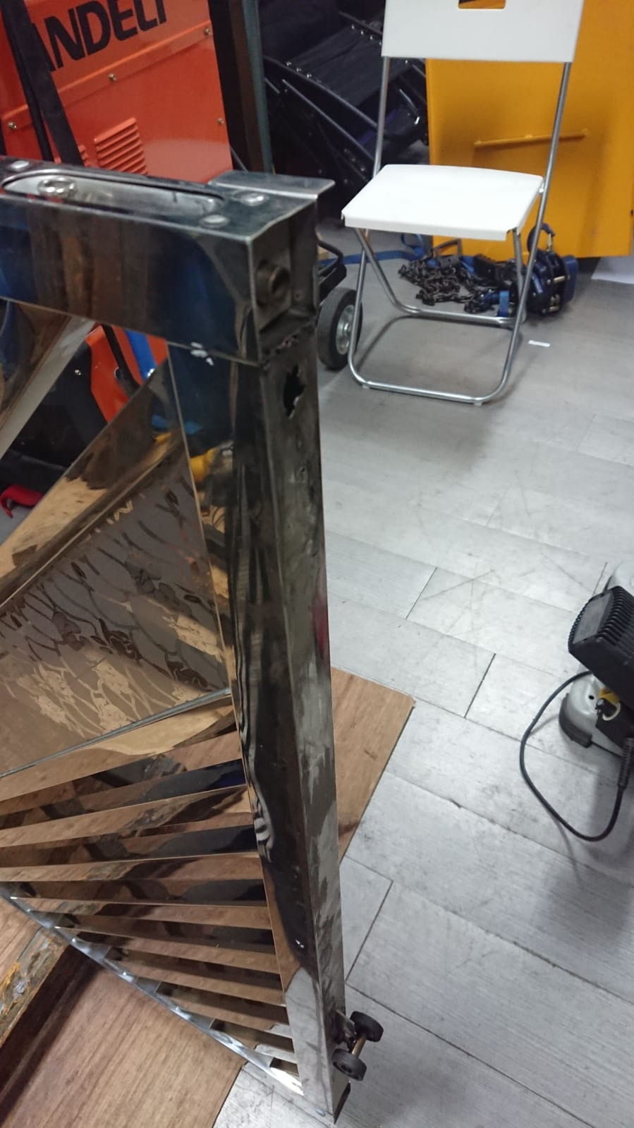 燒焊 鋼閘